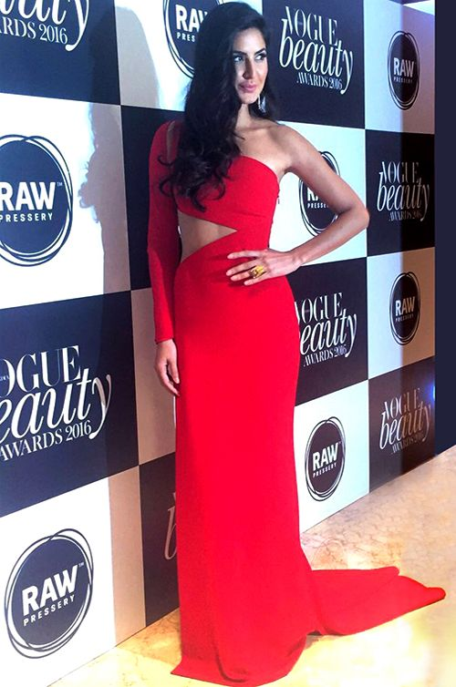 Award-Winning Bollywood Superstar, Katrina Kaif wears Romona Keveža - Vogue India Beauty Awards.