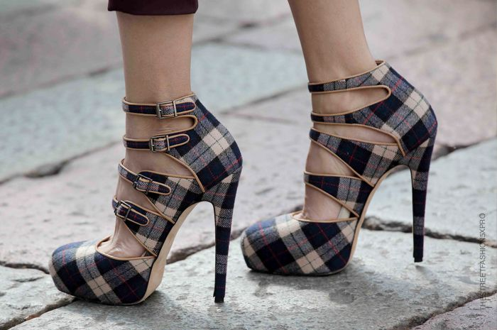 plaid stilettos - want this for fall