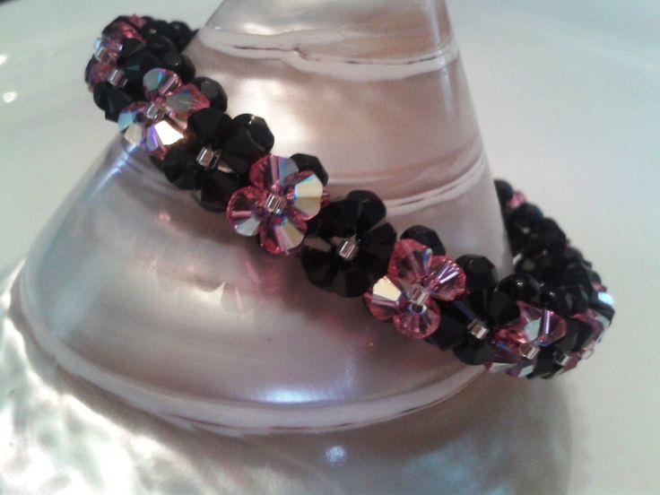 Bracelet rose et noir en perles de cristal Swarovski : Bracelet par perles-and-pinpin