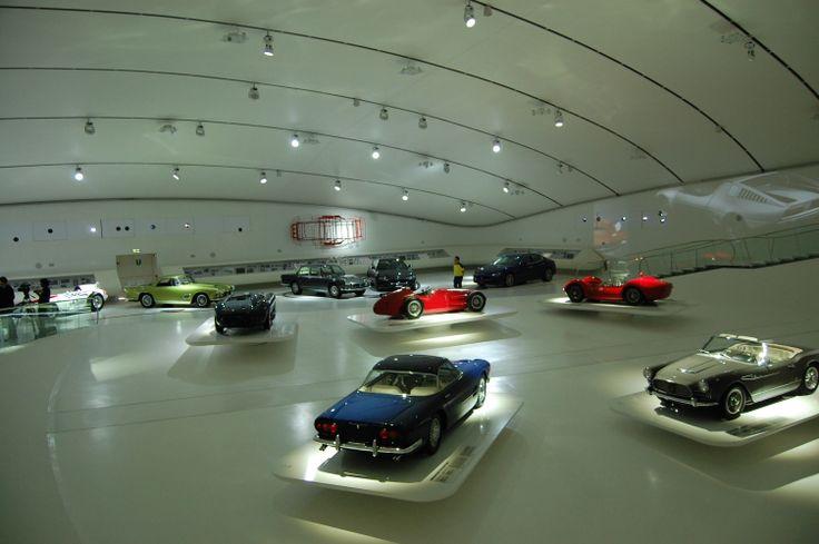 Il Museo Enzo Ferrari di Modena