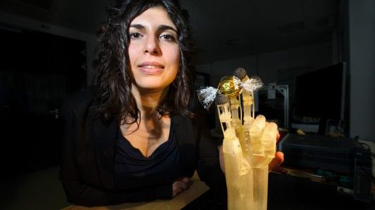 Engineers from Germany's Saarland University have taken a unique approach with their prototype artificial hand. It moves its fingers via shape-memory nickel-titanium alloy wires, bundled together ...