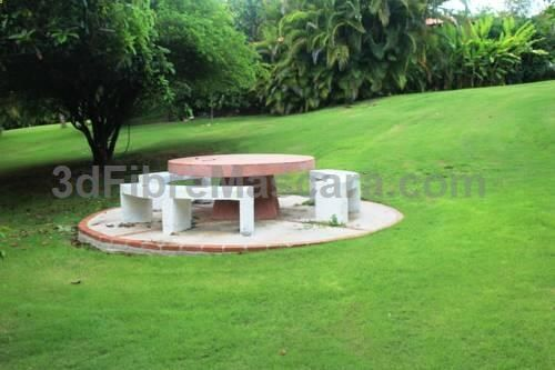 Golf Villa 259 La Romana Located in La Romana, this air-conditioned villa is situated 2.6 km from Marina de Casa de Campo. Guests benefit from terrace and an outdoor pool. The unit is fitted with a kitchen.