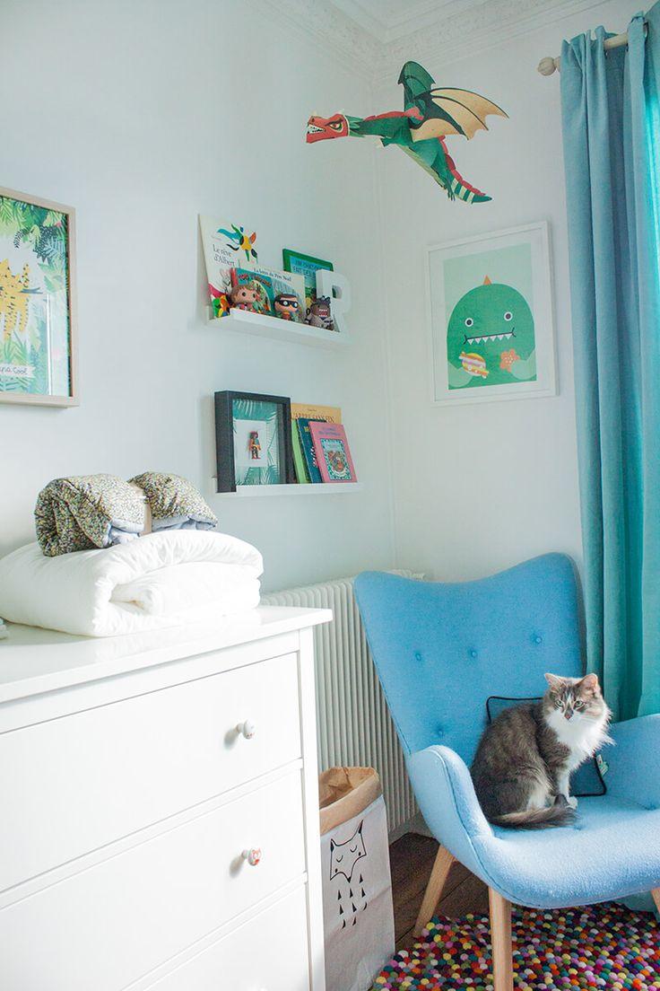 Bienvenue dans l'univers de notre little Boy ! Nous voulions créer une chambre à la fois douce et dynamique, propice aux bons moments et à l'éveil de Bébé.