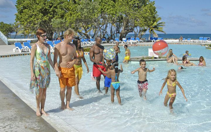 Best All-Inclusive Family Resorts: Coconut Bay Beach Resort & Spa