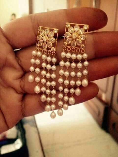 ♡ Pearly Earrings|| Devotee Meera used to do idol worship but later Guru Ravidas (guru miliyaa raidasjee) guided her that until she'll meditate on God & seek Him inside her heart she cannot achieve Krishna. Great teacher is a great artist and Spiritual Teaching might even be the greatest of the arts since the medium is the human Heart and Spirit and we become love with 'learning is being' rhythm......!! (DaajiTheHighestCaliberDivineBeingOnEarth) www.daaji.org www.heartfulness.org