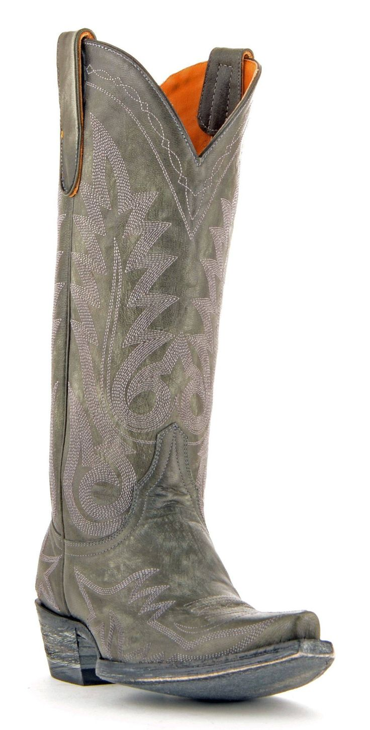 Old Gringo Nevada #Style L175-328, SZ 9.5. Near new condition. They have a small scuff on the toe of one of them, but it is minor. Other than that, they are in perfect condition! (retail at $450) The
