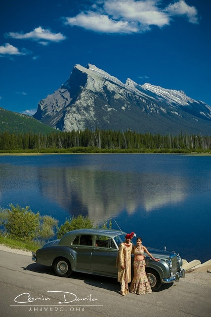 gorgeous post wedding photo with Banff National Park in the backdrop