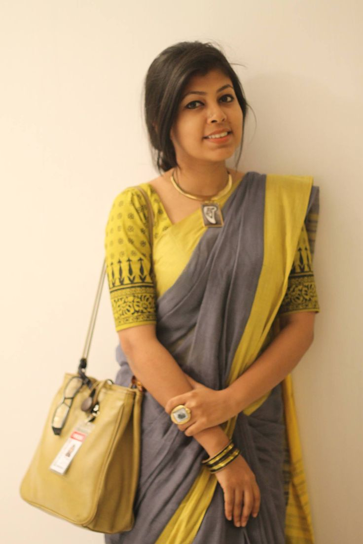 Love the blouse she is wearing... finest cotton saree from Menka - www.facebook.com/Menka.Rupsmania