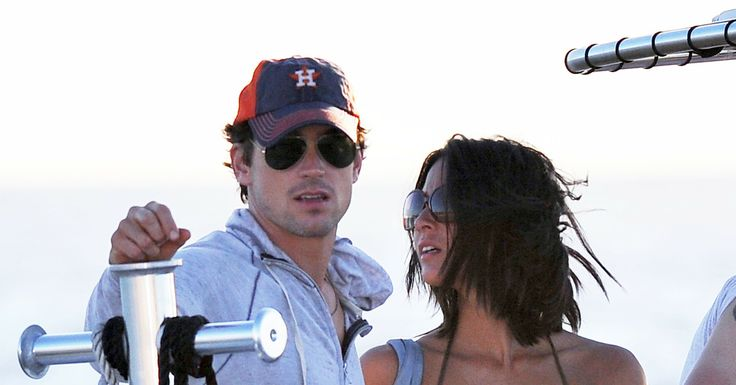 olivia munn and matt bomer | Olivia-Munn-held-onto-her-Magic-Mike-costar-Matt-Bomer.jpg