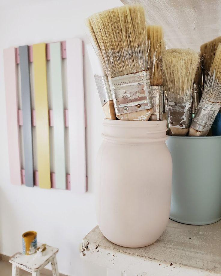 Los nuevos colores de mi pallet perchero / Vero Palazzo - Home Deco Diffuser, Pink, Palazzo, Vintage, Instagram, Pallet Furniture, Hall, Shades Of Red, Colors