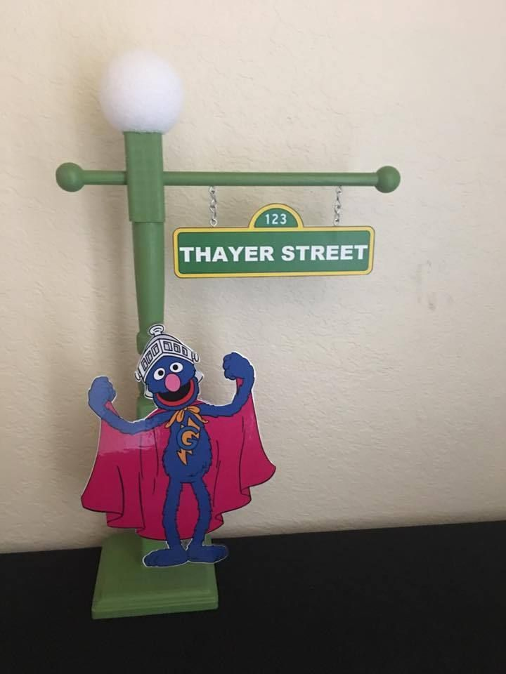 SESAME STREET LAMP POST, SESAME STREET, GROVER CENTERPIECE