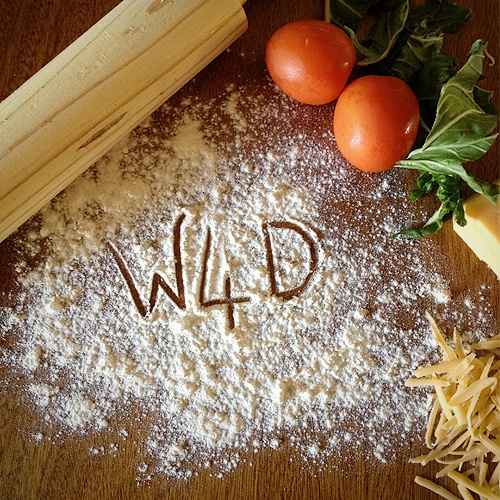 Can you recreate our logo in your kitchen? Here's a cool idea to get those creative juices flowing! #LoveOurLogo #whatsfordinner #W4D