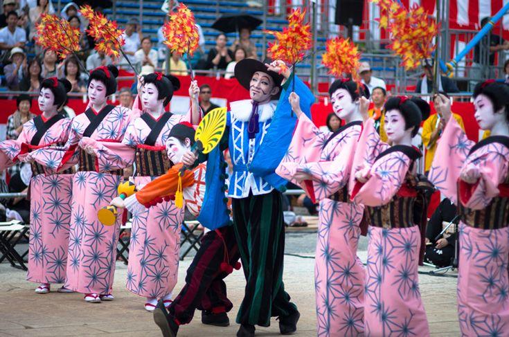 長崎くんち 2013 栄町 傘鉾・阿蘭陀万歳 | Nagasaki365 - 長崎の今をお届けします。
