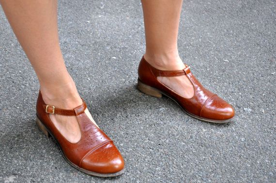 Jane Womens Mary Janes Leather Mary Jane Vintage by JuliaBoShoes