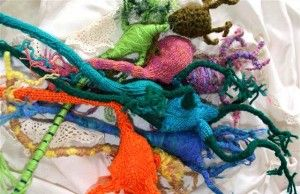 Neural Knitworks is a collaborative project about mind and brain health.