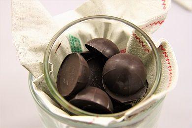 Domácí čokoládové bonbóny /Chocolate bonbons/ Zdravé, nízkosacharidové, bezlepkové recepty. (Healthy, low carb, gluten free recipes.)
