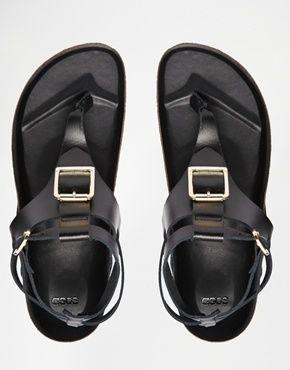 Vergrößern ASOS – FIMBLE – Ledersandalen mit Fußbett und Zehensteg