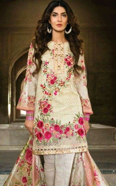 Clothes Image By Amna Qureshi Pakistani Formal Dresses