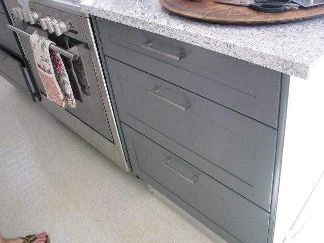 kitchen island with hob/oven