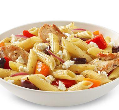 Préparez en un instant ces pâtes savoureuses d'inspiration grecque pour faire le bonheur de toute la famille. Astuces  Remplacez la poitrine de poulet par des tranches de bifteck ou de filet de porc. Préparez une variante végétarienne en utilisant des pois chiches ou des haricots cannellini rincés et égouttés, vendus en conserve, et en omettant l'étape de cuisson de la viande. Les restes sont tout aussi délicieux servis froids et s'apportent facilement à l'école ou au bureau. Prévoyez une…