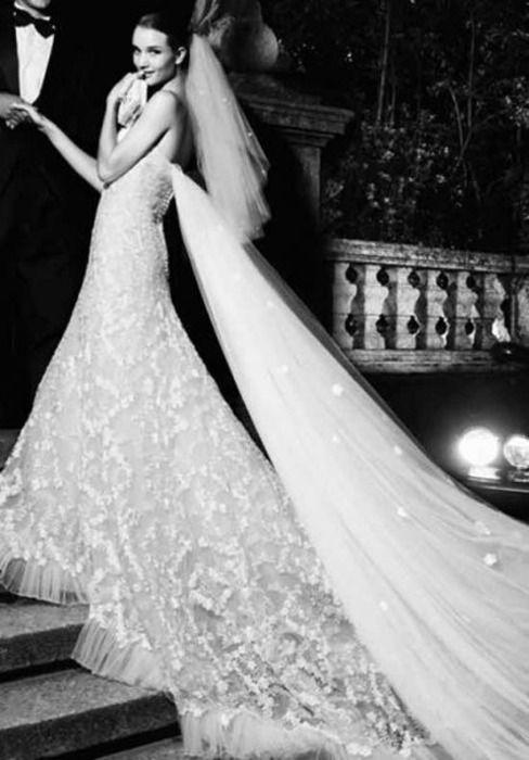 the dress....
