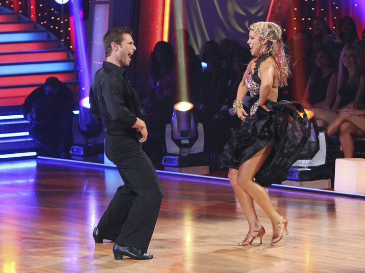 Jake Pavelka Chelsie Hightower Dancing With the Stars