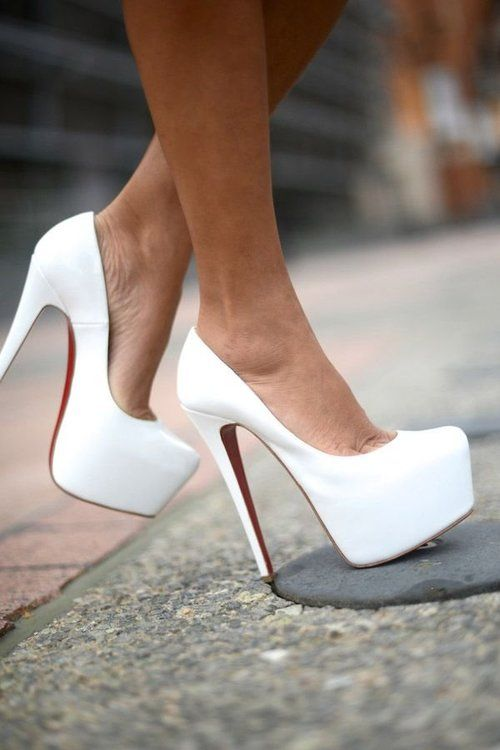 Clean cut.   #style #fashion #white #pumps #shoes #hot #louboutins #christianlouboutins #redbottoms #redbottomheels #sexy #dangerous