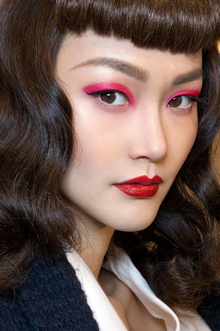Pat Mcgrath S Best Runway Looks: Makeup Artist Pat McGrath Best Looks