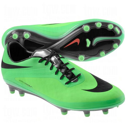 nike football shoes hypervenom
