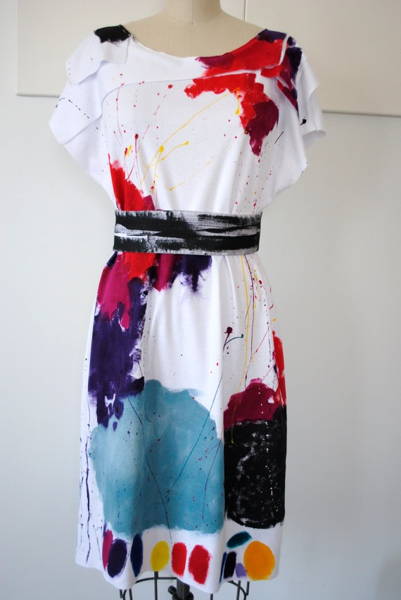 Hand painted dress....Courtney could do this :)