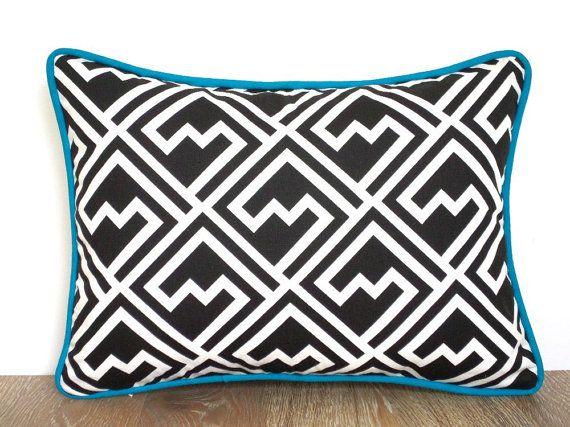 Noir et blanc oreiller 16 x 12 petite chaise Coussin par anitascasa