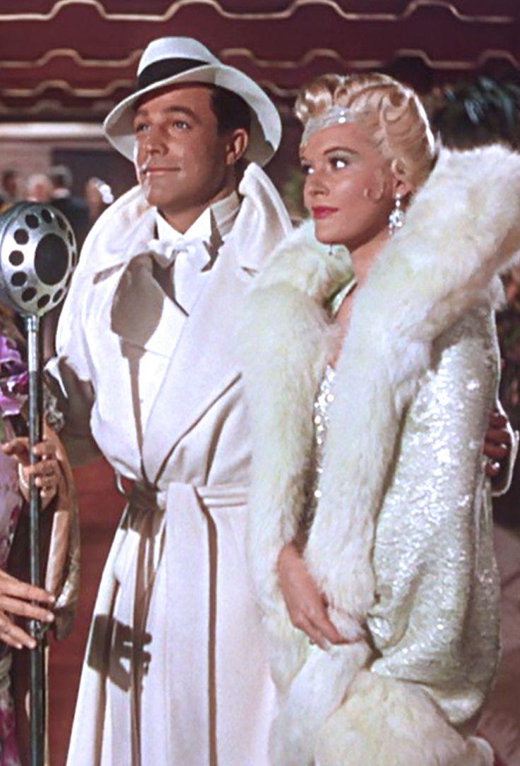 Gene Kelly as Don Lockwood & Jean Hagen as Lina Lamont - Singin' in the Rain