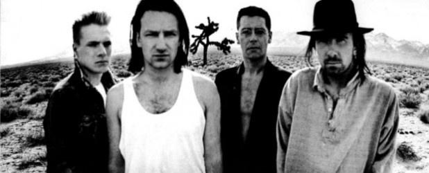 Fotograf i reżyser, twórca niezapomnianych portretów gwiazd muzyki i filmu, autor teledysków, zapisów koncertów i filmów pełnometrażowych. Muzyka jest elementem dominującym w jego twórczości. Od ponad dekady odpowiada za oficjalny wizerunek zespołu U2 i ich płyt. http://www.spidersweb.pl/2013/03/anton-corbijn-portrecista-gwiazd.html