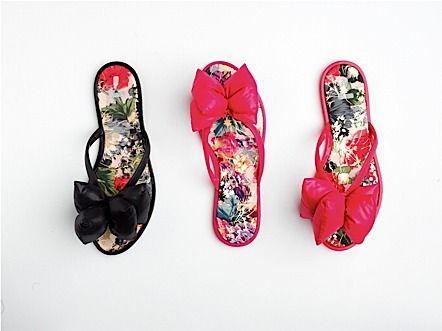 Flo 2012 Yaz Plaj Terliği Modelleri