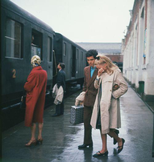 """""""Les Parapluies De Cherbourg"""" (Jacques Demy, 1964)."""