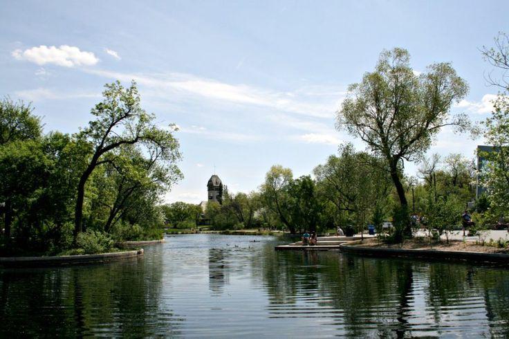 Assiniboine+Park+Winnipeg+|+www.rtwgirl.com