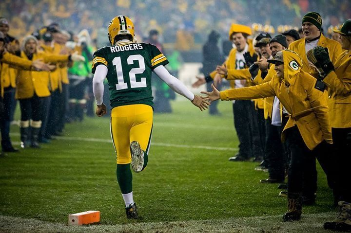 Aaron Rodgers, pre game intro #GoPackers