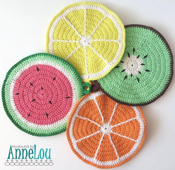 Fruchtige Baumwolle gehäkelt Topflappen  set von HandmadeByAnneLou