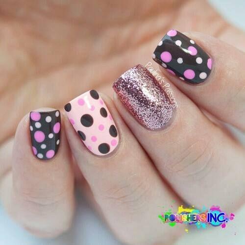 Base negra con puntos rosas, base rosa con puntos negros y rosas, glitter rosa palo...