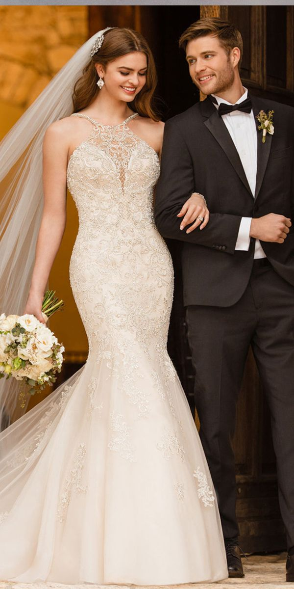 [242.80] Wonderful Tulle Halter Neckline Mermaid Wedding Dress With Beaded Lace Appliques