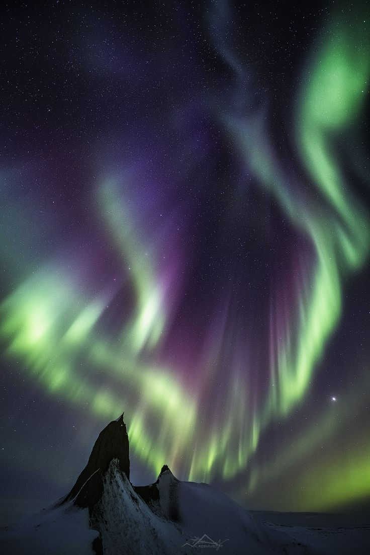 "Ribbons of light - The ""lightshow"" from the strong geomagnetic storm (6th/ 7th Mar 2016) over Iceland was simply unbelievable. FOLLOW ME ON FACEBOOK"