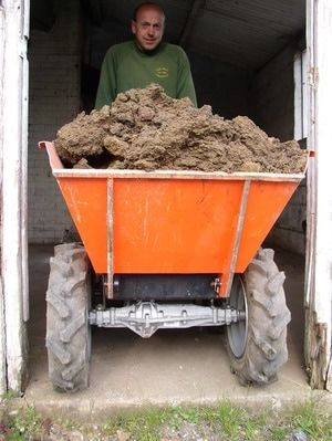 Muck Truck Mini Dumper can carry up to 250kgs. The 4WD Muck Truck Power Barrow moves building materials over most terrains.  The Muck Truck is used by builders, landscapers and tree surgeons. http://www.fresh-group.com/muck-truck.html