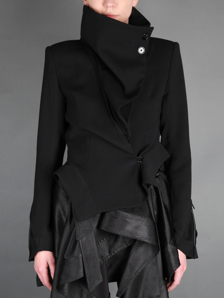 ANN DEMEULEMEESTER JACKET Love this whole look!