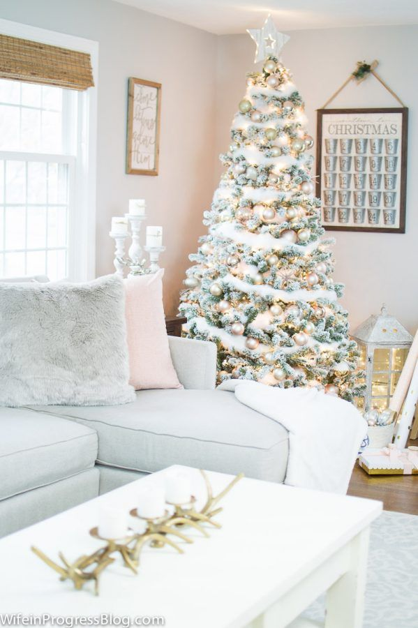 Pink and gold are romantic holiday decorating