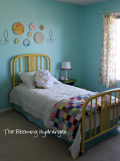Love This Room Re Do For A Vintage Girls Room Some Great Inspiration Ideas