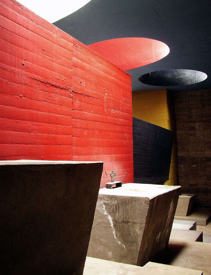 90 best le corbusier images on pinterest architecture for Chaise du corbusier