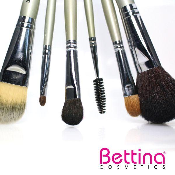 En Bettina, no sólo te traemos la mejor selección de cosméticos, también tenemos los implementos necesarios para un maquillaje espectacular. #Makeup #Brushes