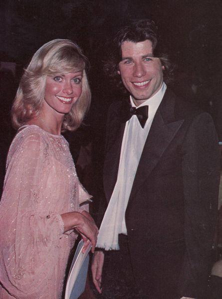 Pictures of John Travolta And Olivia Newton John Young