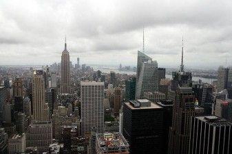 New York: Skyline dal Rockefeller Centre - Midtown e Empire State Building (Shreve, Lamb & Harmon Associates, 1930-1931)