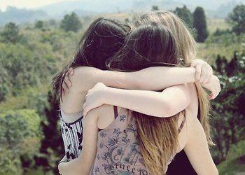 As crises não afetam os amigos, apenas os escolhem.
